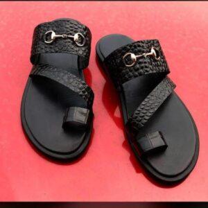 Crocodile slide slippers for 7k