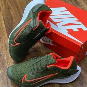 Nike sport sneakers for 25k 1