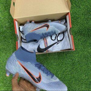 Original Nike soccer boot for 30k